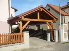 Dřevěné garážové stání